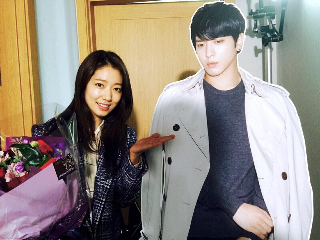 фото чон ен хва и его девушка