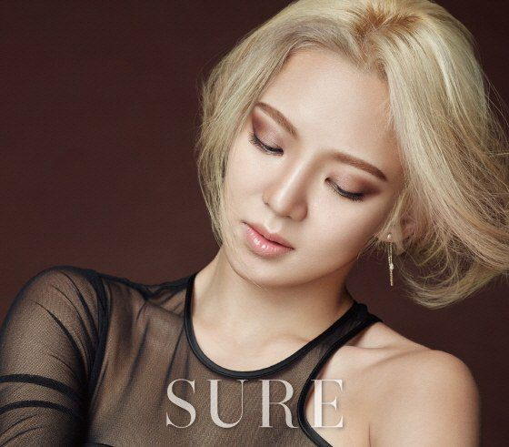 hyoyeon-sure-01