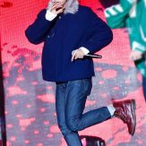 151031-asia-dream-concert-bts-v-2.jpg.pagespeed.ce.NZDY0wAcmS