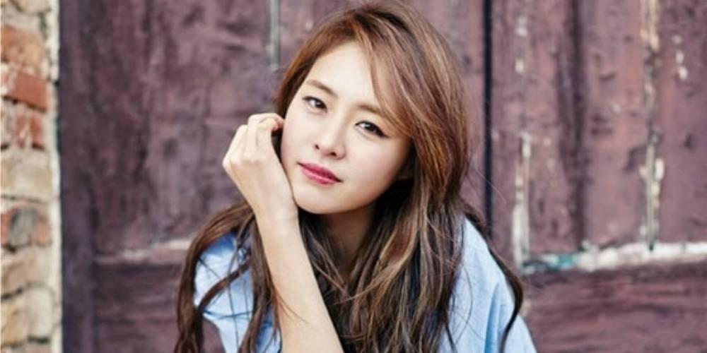 lee-yeon-hee_1461170462_af_org