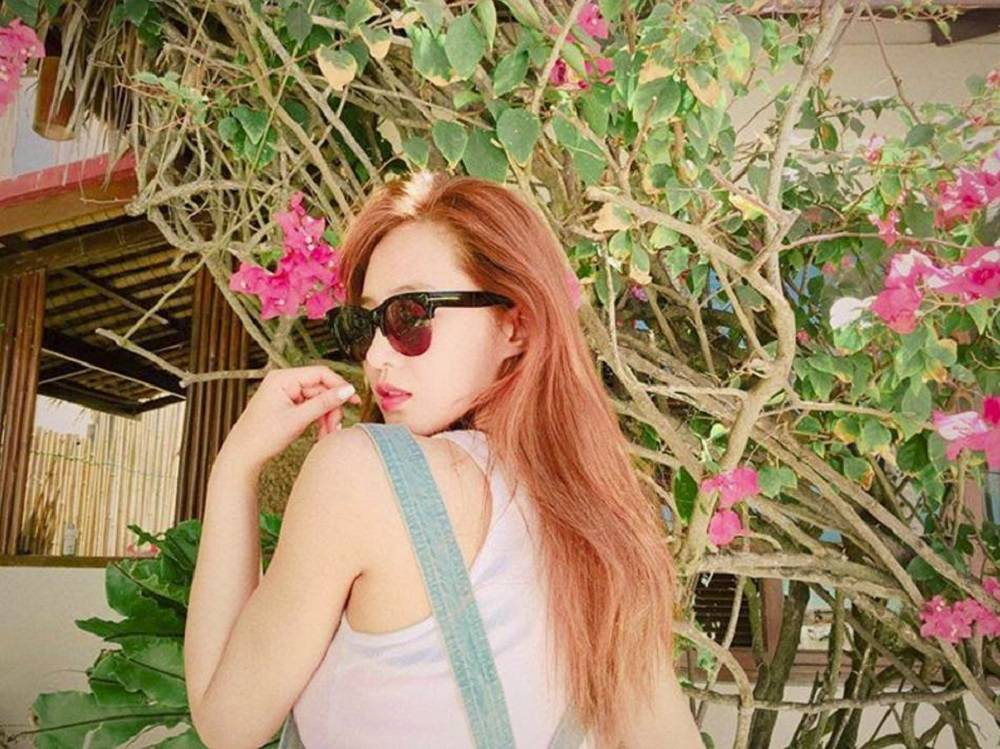 Girls-Generation-Yuri_1463234924_af_org