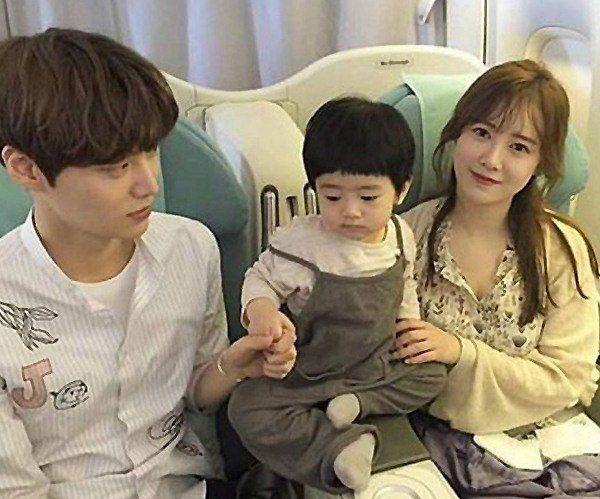 ahn-jae-hyun_1462933305_fam