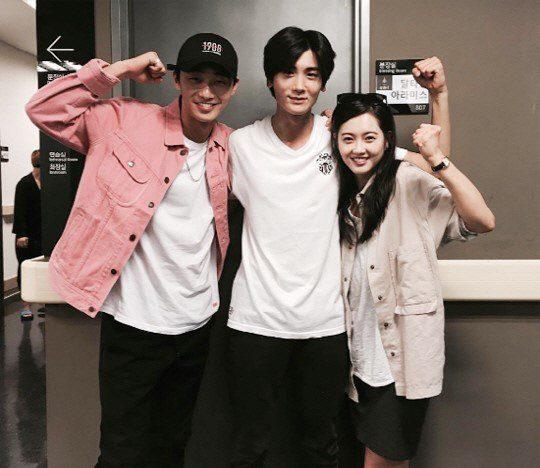 Park-Seo-Joon-Park-Hyung-Sik-Go-Ara