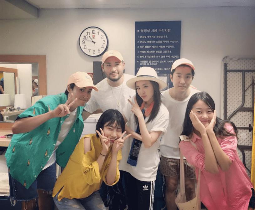 Epik-High-Kang-Seung-Hyun-Lee-Se-Young-Sandara-Park