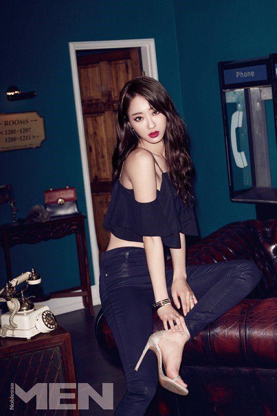 Kyung-Li_1467415860_k