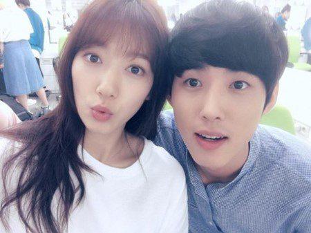 Park-Shin-Hye-Baek-Sung-Hyun2