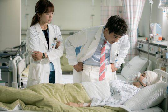 Park-Shin-Hye-Kim-Rae-Won-Han-Hye-Jin-Doctors