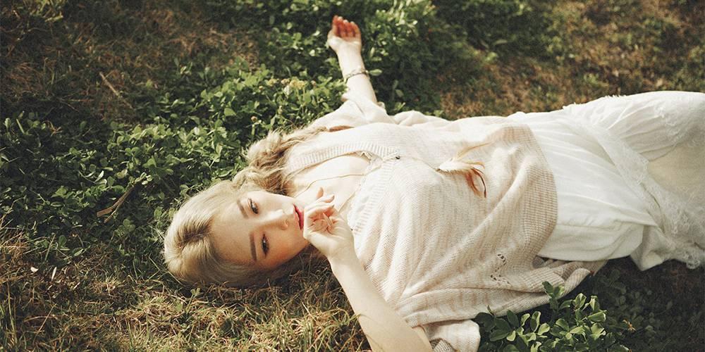 Girls-Generation-Taeyeon_1471132610_af_org