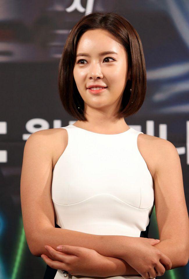 HWANG-JUNG-EUM-2013-650x958