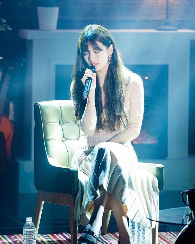 (Bae Suzy official Instagram)