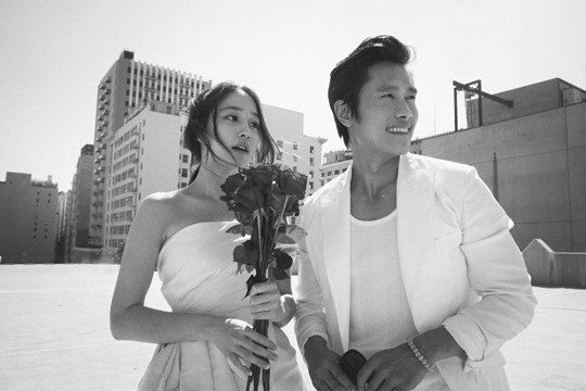 lee-byung-hun-and-lee-min-jung-wedding-pics-2