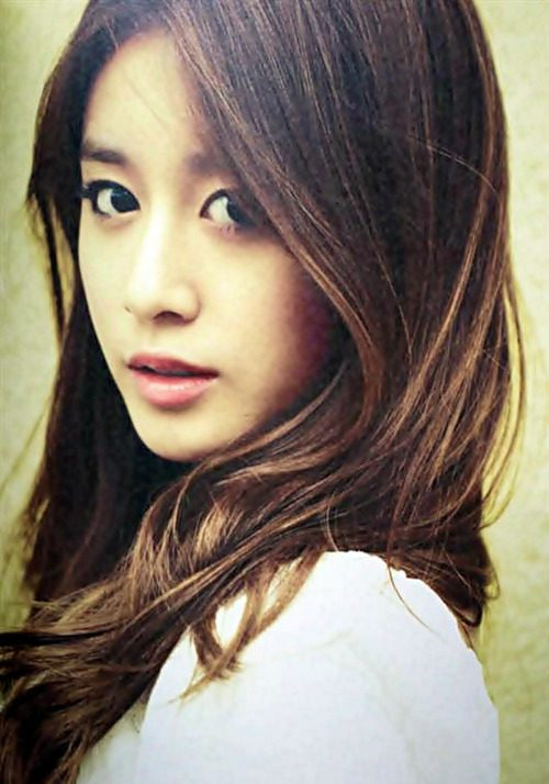 t-aras-jiyeon-to-hold-first-solo-autograph-signing
